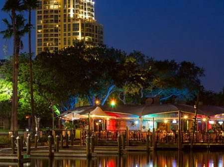 Waterfront Dinning