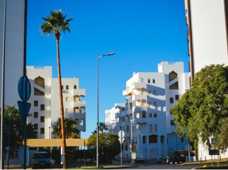 Level Up Your Living Space: The Benefits of High-Rise Condominium Living in Florida